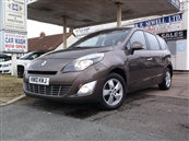 RENAULT GRAND SCENIC 1.5 DCi DYNAMIQUE 5DR (TOM TOM)